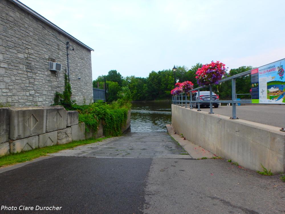 descente de bateau à la rivière